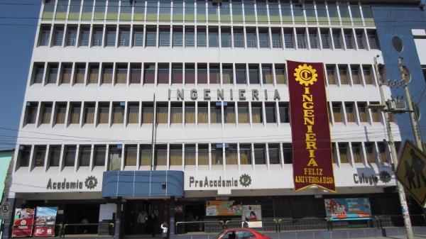 Colegio Ingeniería y Academia