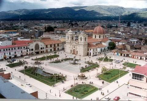 Plaza Constitucion de Huancayo