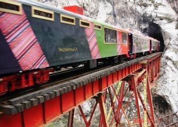 tren de huancayo a lima