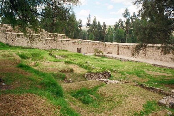 Centro arqueológico de Warivilca